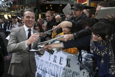 Premiere Star Trek Into Darkness - Paramount Pictures - Grooming f. Simon Pegg